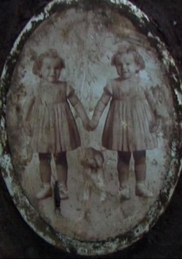 Seserys ir dvynės